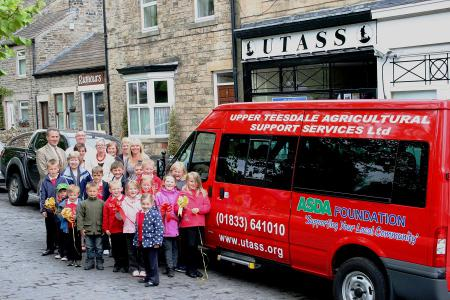 Young People's Drop In - Minibus