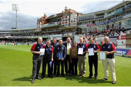 WTCC coaches at the Oval with Sir Ian