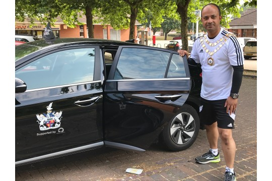 Swindon Mayor runs half marathon