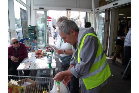 Redbridge Foodbank picture 2